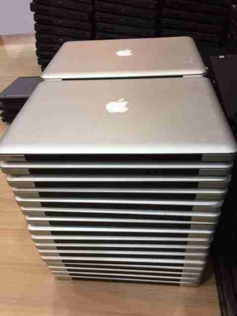 Used Macbook Pro >> Used Apple Macbook Pro Core 2 Duo P8800 2 66ghz 15 4 Inch Notebook
